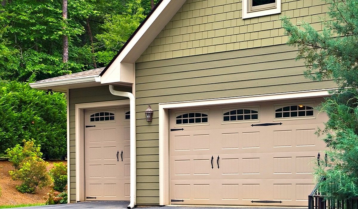 A Full Introduction to Garage Door Components
